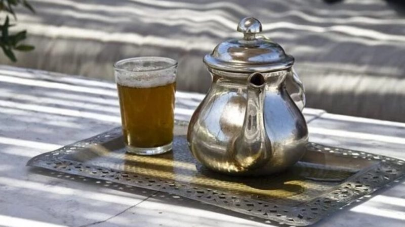 How To Make Authentic Moroccan Mint Tea Easily