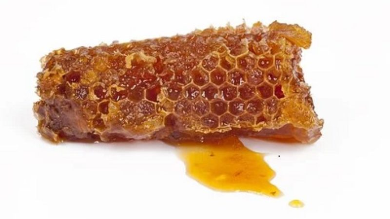 4 Amazing Ways to Cook with Honey