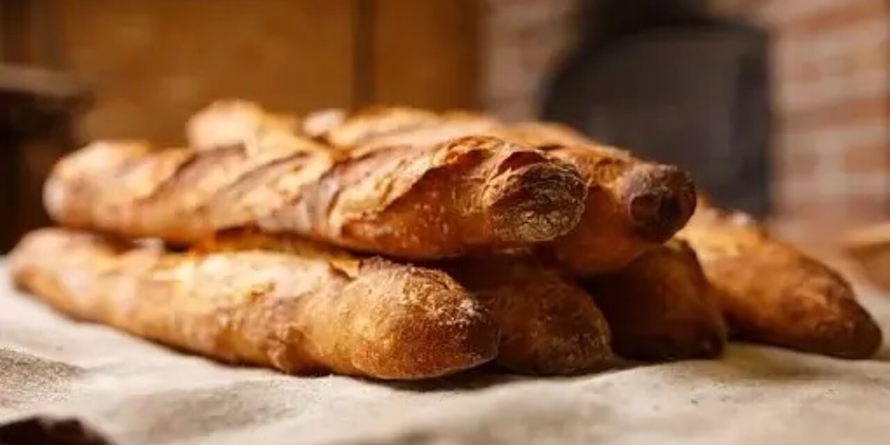 How To Make Super Easy Homemade Baguettes Without Food Processor!