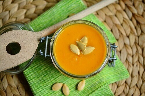 You are currently viewing Onion and Red Squash Soup Flavoured With Saffron, Comforting Moroccan Food!